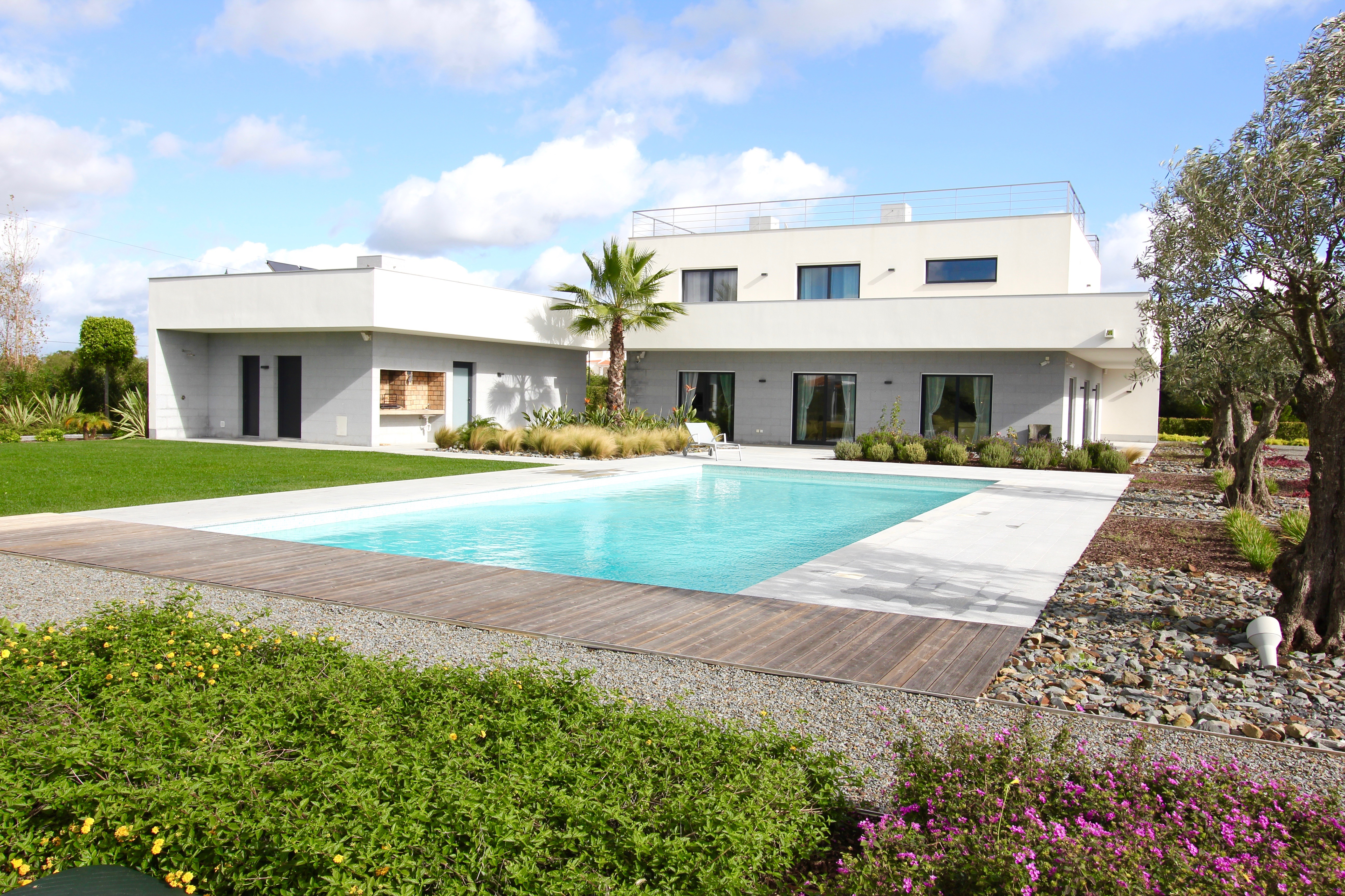 Carvoeiro exceptional contemporary design 4 bedroom villa for 4 bedroom villa designs