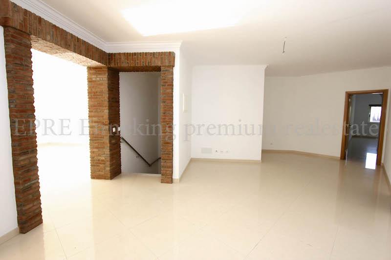 Zi: 2 Wohnung kaufen strandnah Ferragudo Algarve. 2