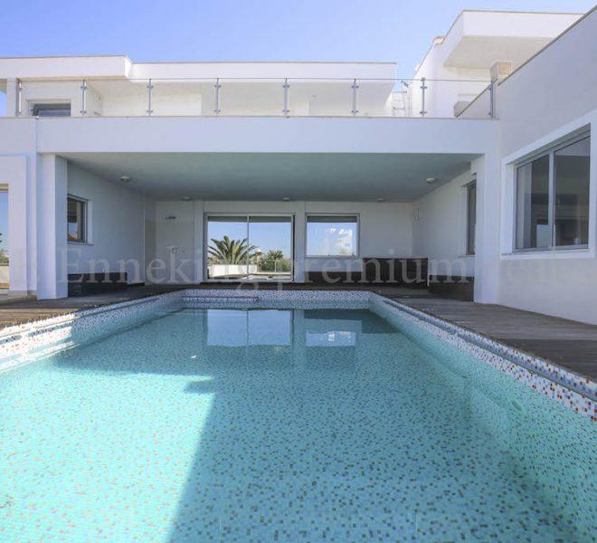 4 Schlafzimmer Villa Pool Meerblick Garage Ferragudo Portugal