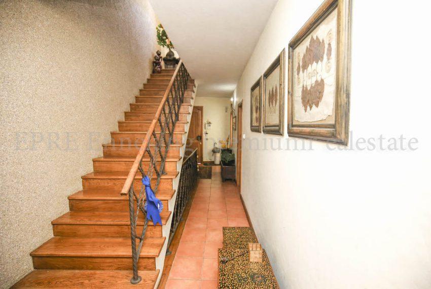 3 bedroom Guest House Walking Distance Beach, Enneking Real Estate