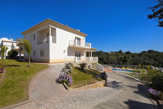Villa Views_OS18428