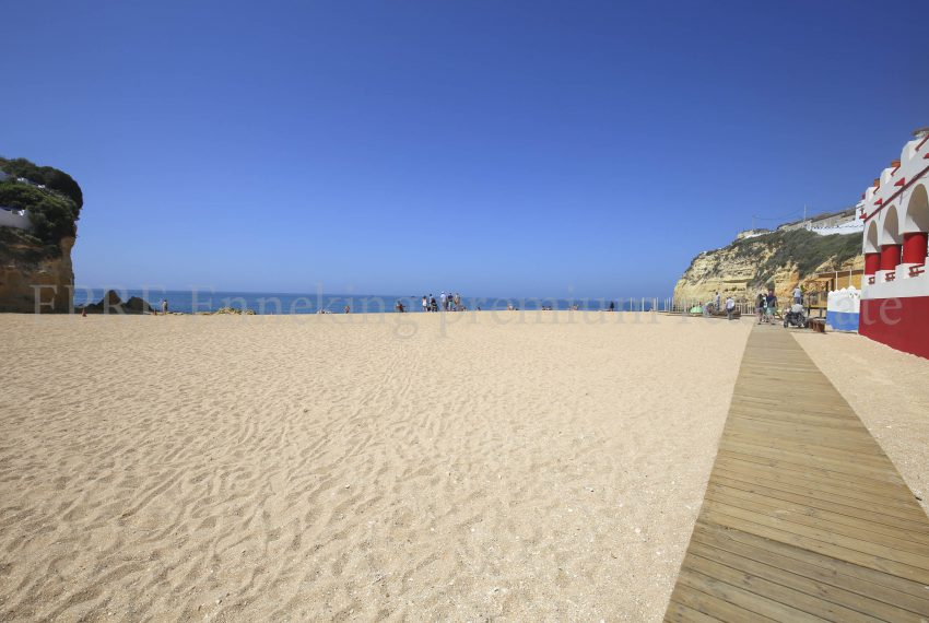 Apartment carvoeiro, walking distance to the beach, 4bedrooms