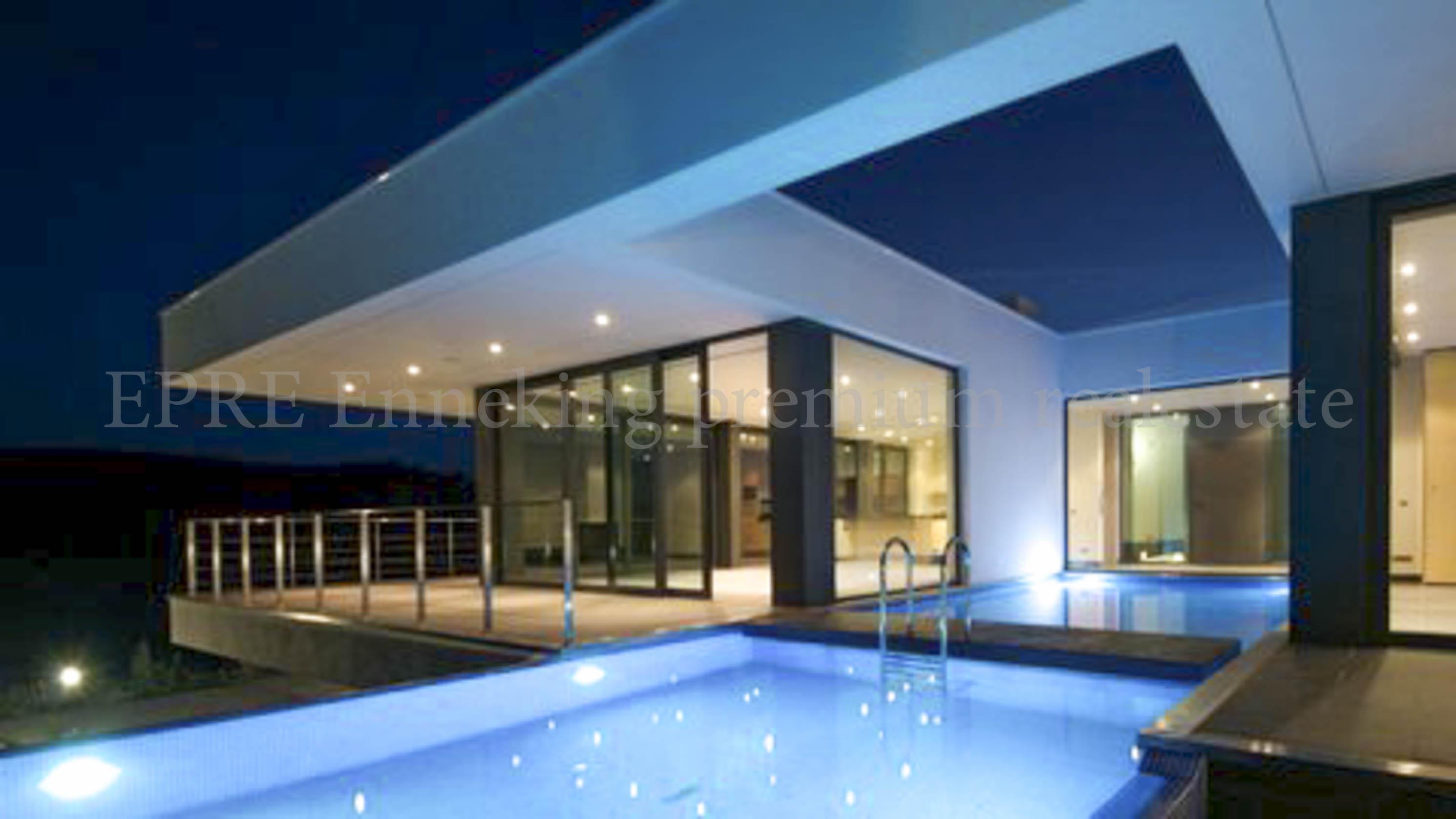 Uberlegen ... Luxus Anwesen Lagos Bensafrim 6 Schlafzimmer ...