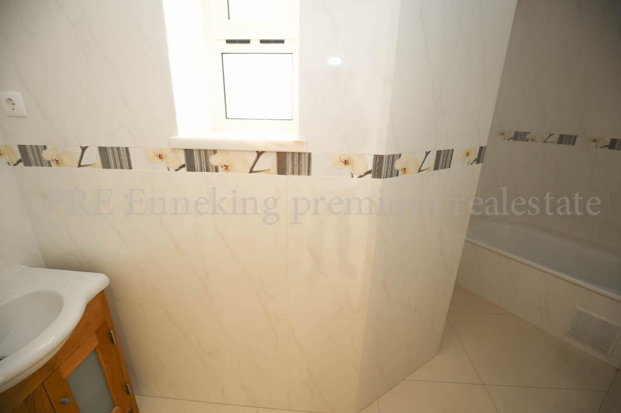 Enneking Premium Real Estate Ferragudo Algarve