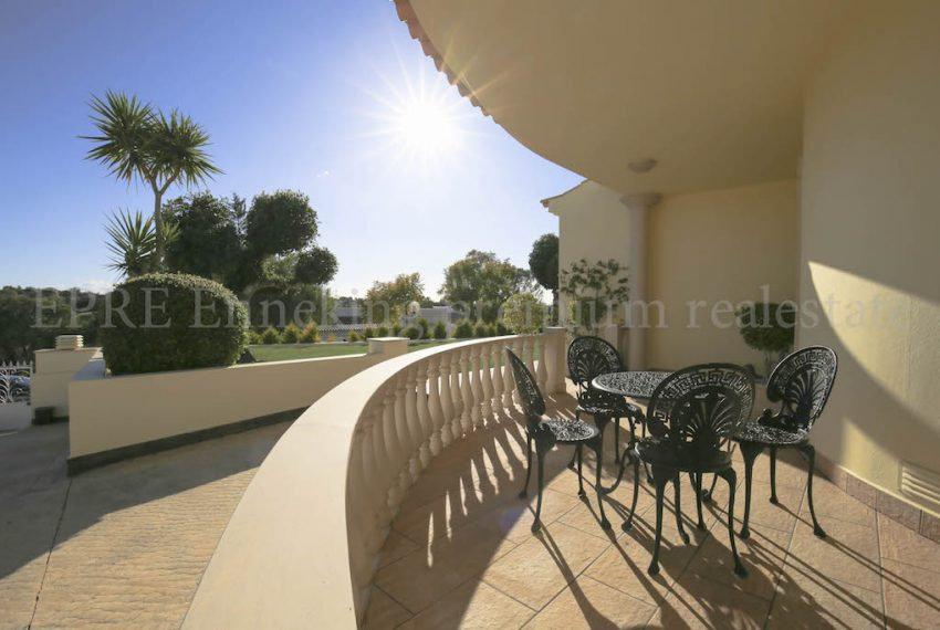 5 Bedroom Villa Ferragudo Algarve portugal for sale