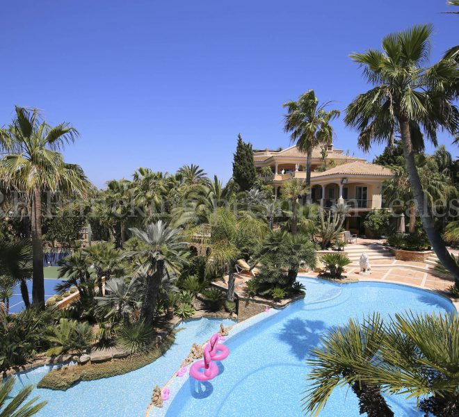 Sea view seven bedroom property for sale in Albufeira Algarve