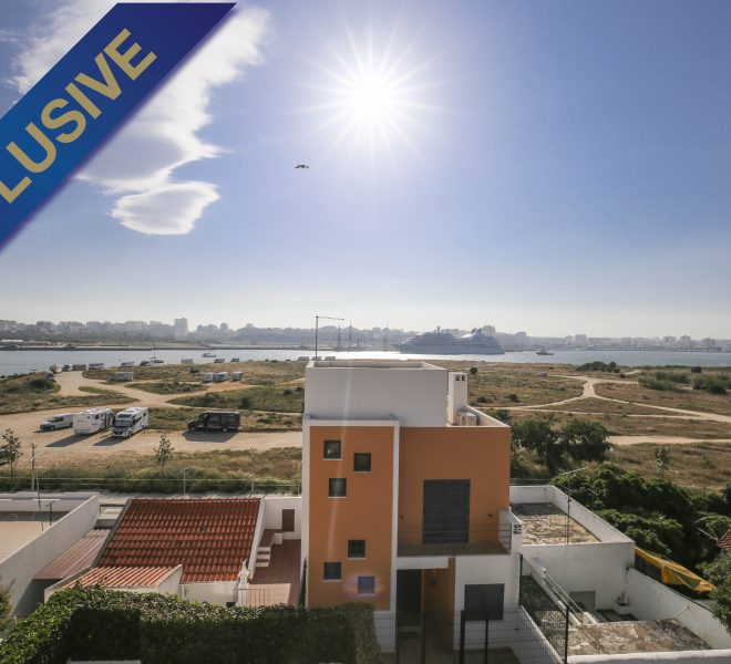 Sea View 4 bedroom house Walking Distance Beach Ferragudo, House, Enneking Real Estate
