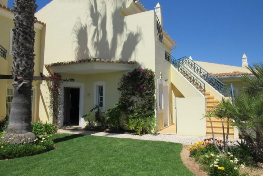 2 Bedroom Townhouse Privacy and comfort  Carvoeiro Algarve-house-Enneking Real Estate