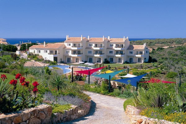 2 Bedroom Townhouse Privacy and comfort Carvoeiro Algarve-resort-Enneking Real Estate