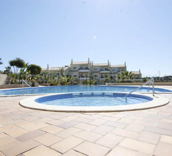 2 Bedroom Townhouse in Private Resort Carvoeiro Algarve-communal pool- Enneking Real Estate