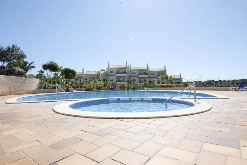 2 Bedroom Townhouse in Private Resort Carvoeiro Algarve-communal pool- Enneking Real Estate