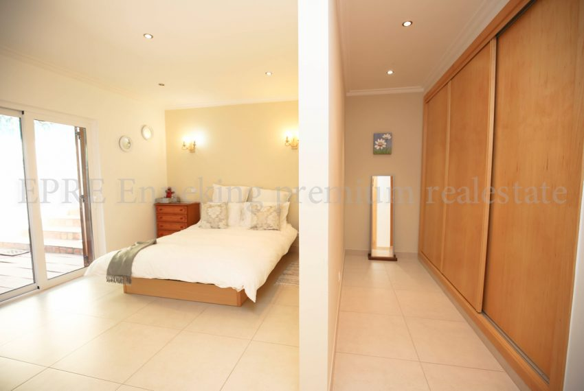 Spacious 5 Bedroom Villa quiet residential area, bedroom, Enneking Real Estate