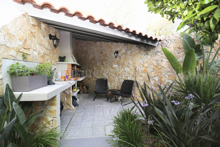 3 Bedroom Family House Ferragudo Algarve-outdoor-Enneking Real Estate