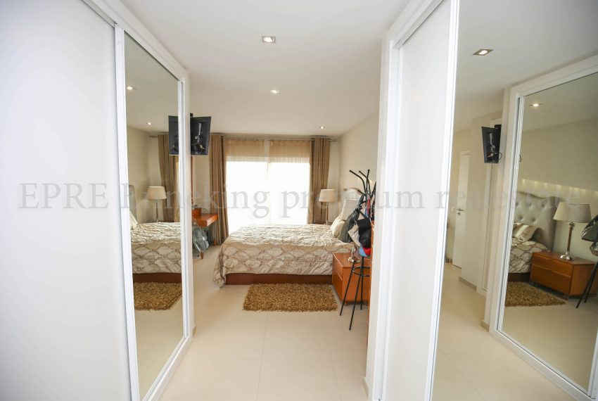 3 Bedroom Family House Ferragudo Algarve-bedroom-Enneking Real Estate