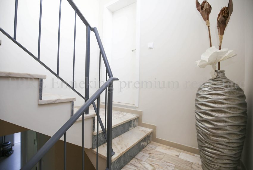 3 Bedroom Family House Ferragudo Algarve-stairs-Enneking Real Estate