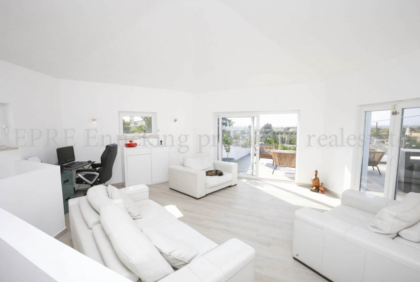 Extraordinary Luxury 4 Bedroom Villa Carvoeiro, living room, Enneking Real Estate