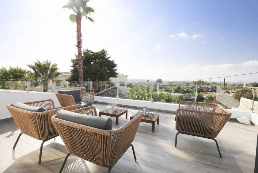 Extraordinary Luxury 4 Bedroom Villa Carvoeiro, balcony, Enneking Real Estate