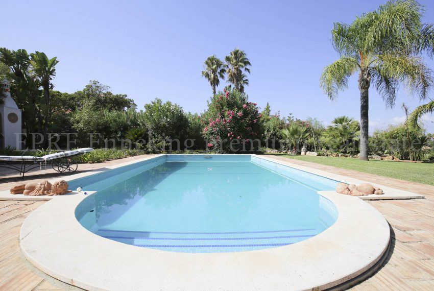 3 bedroom Vila Golf course, pool, Enneking Real Estate