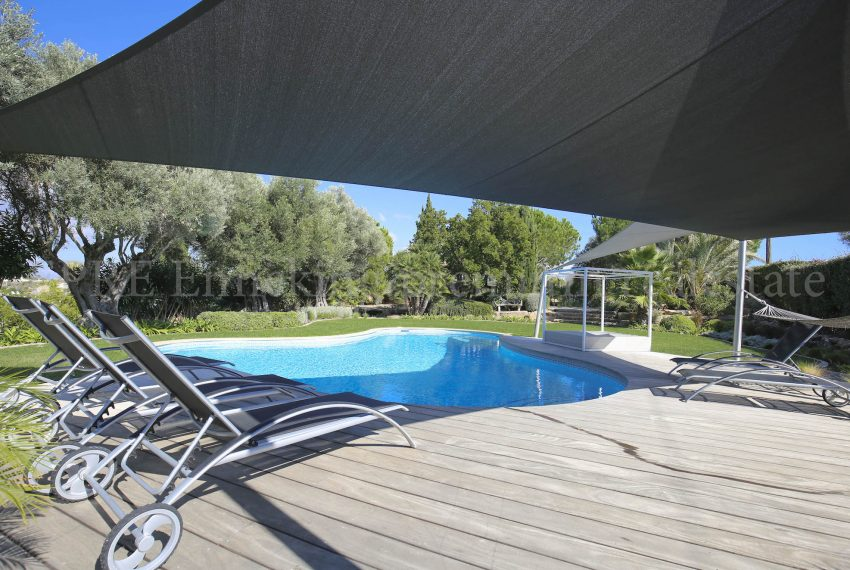 Luxury Villa Walking Distance Beach Ferragudo, pool, Enneking Real Estate