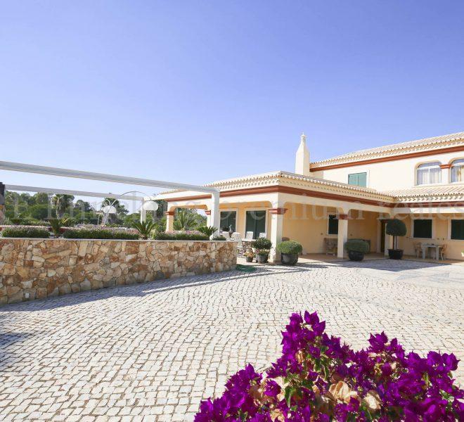 Luxury Villa Walking Distance Beach Ferragudo, house, Enneking Real Estate