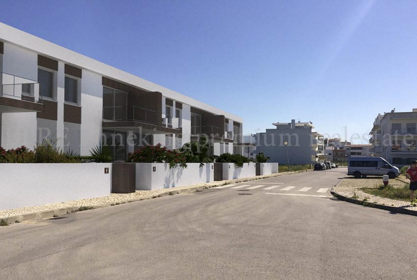 Land with approvaed project  for 7 villas , private pool,Portimao