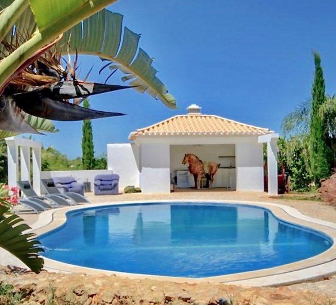 EPRE109 Five bedroom private pool