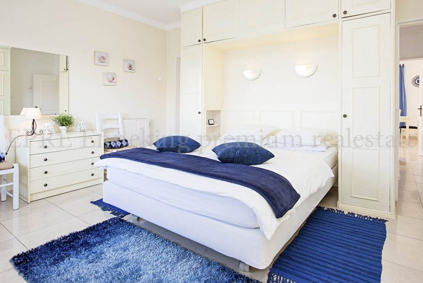 EPRE114 one bedroom apartment praia da rocha PG BedroomJPG