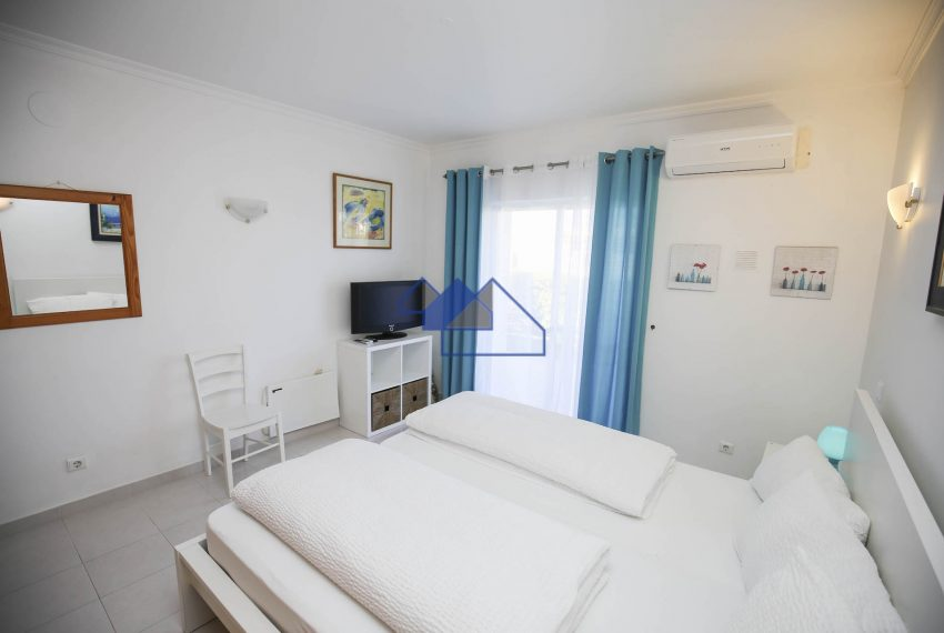 EPR5Two Bedroom towhouse Carvoeiro 8