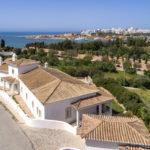Luxury, 4 bedroom, Ocean view, villa, garage, pool, few footsteps beach