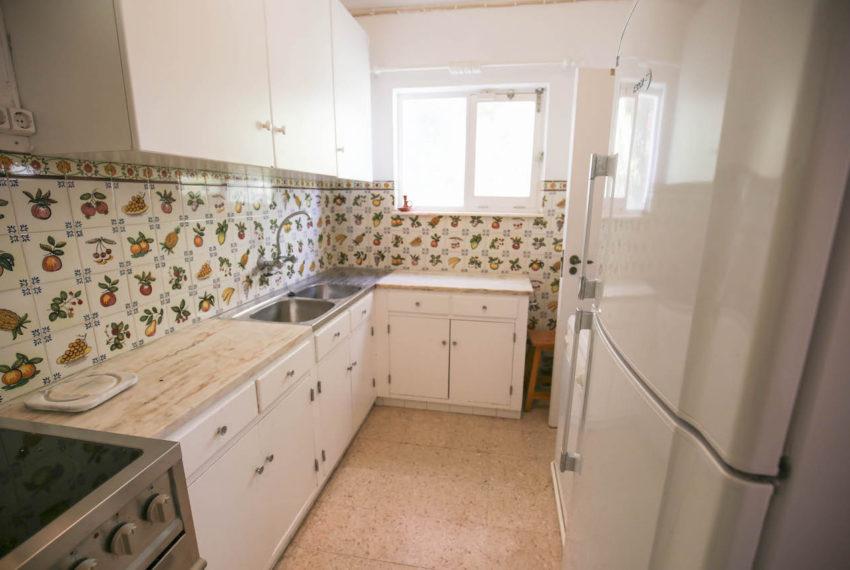 EPRE 131 Traditional 3 bedroom property, sea view, praia da Luz