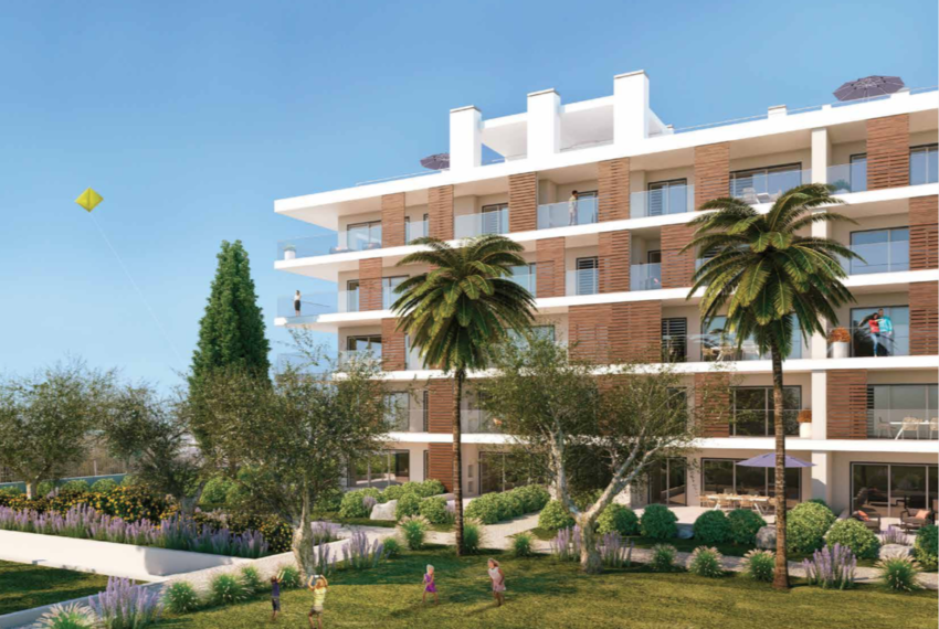 EPRE147 two bed condo, albufeira, luxury, pool, balcony