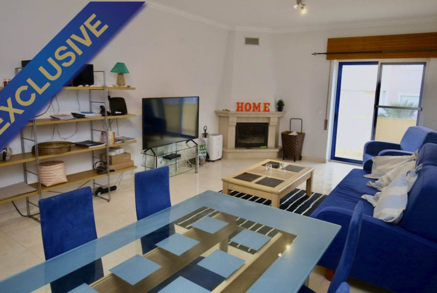 EPRE 149 living room 1