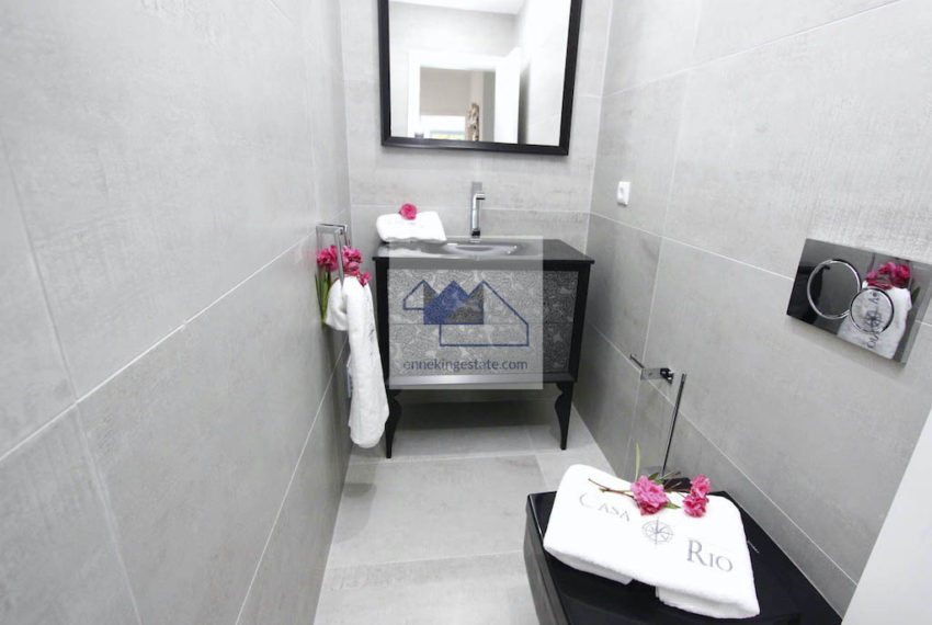 EPRE-154 guesttoilet